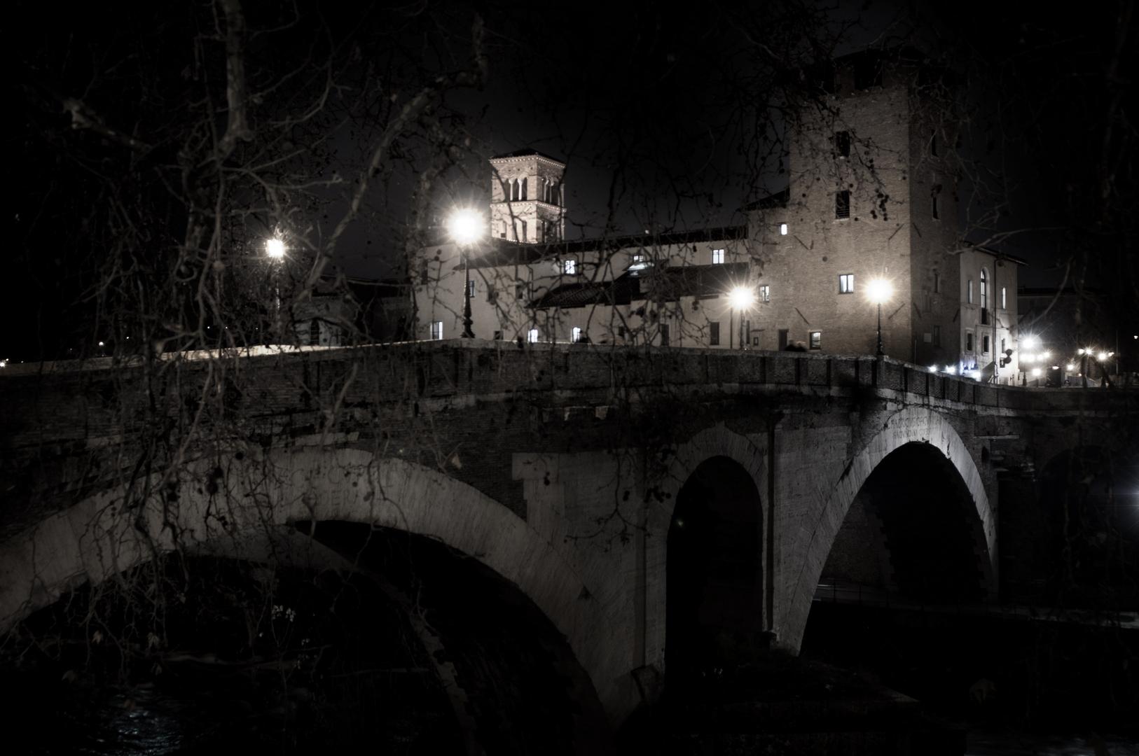 Fotografia in Roma - Roma di notte, Isola Tiberina - Michele Settembre