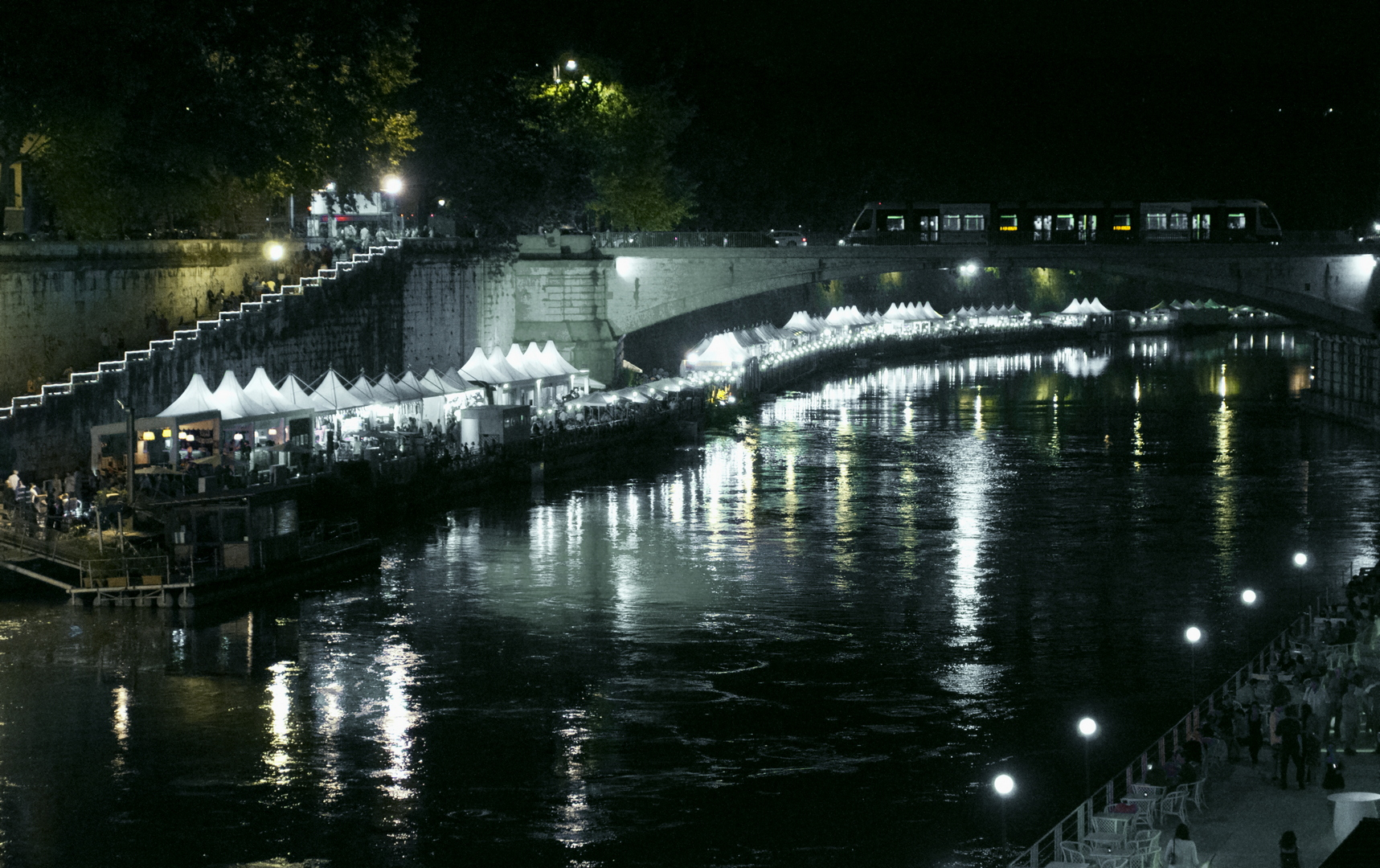 Fotografia in Roma - Il Lungotevere in estate - Michele Settembre