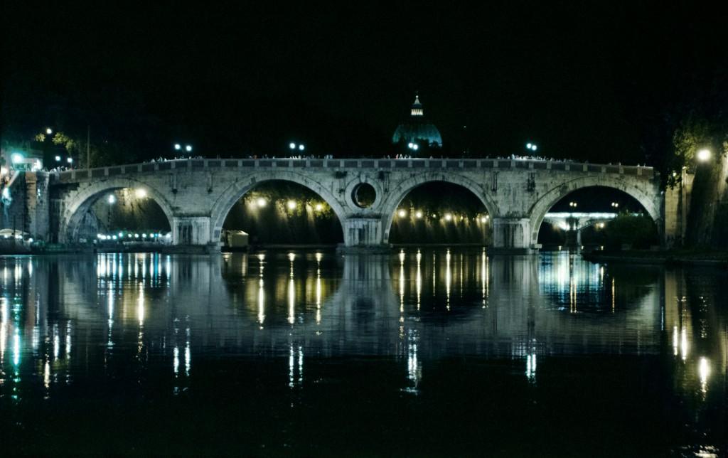 Fotografia in Roma - Roma di notte - Il ponte Sisto - Michele Settembre