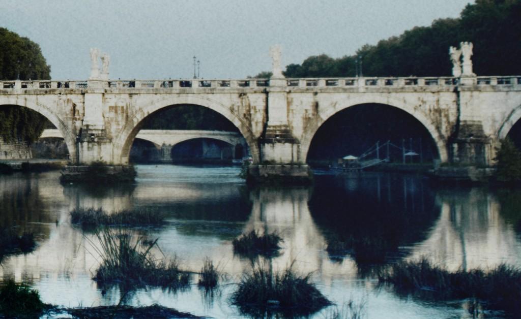 Fotografia in Roma - Azzurro autunno sul lungotevere - Michele Settembre