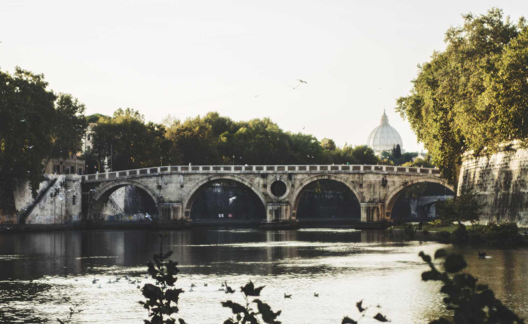 michele-settembre-fotografia-roma-verso-il-ponte-sisto
