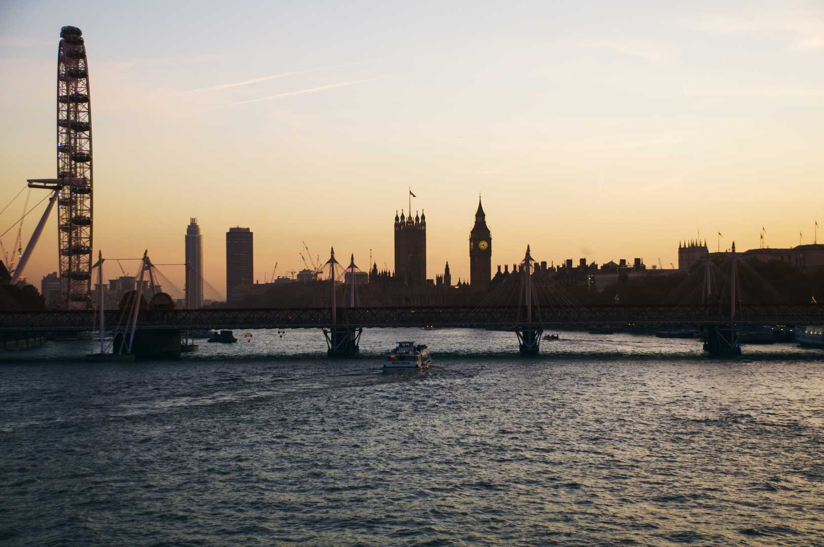Londra, dal Waterloo Bridge verso Westminster Abbey